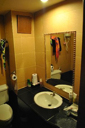Hillside Resort Pattaya: Ванная