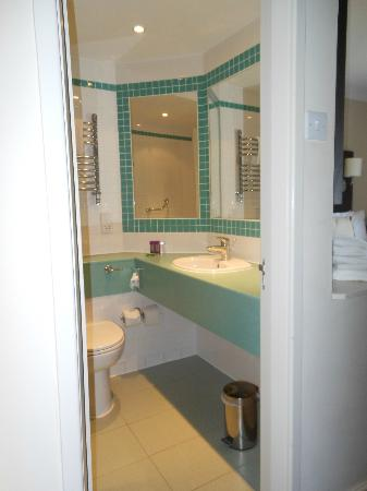 Mercure London North Watford Hunton Park Hotel: Bathroom