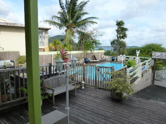 Sainte-Luce, Martinique: accés piscine