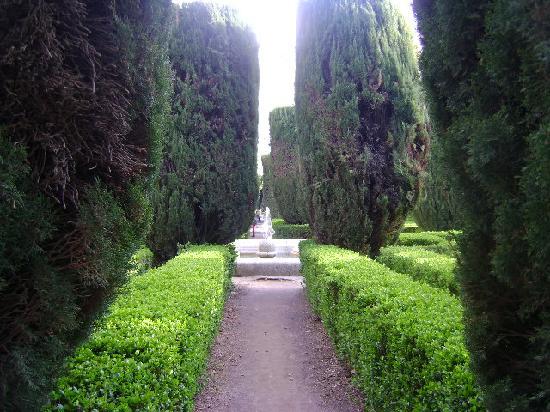 Jardines de sabatini de madrid picture of jardines de for Jardines sabatini