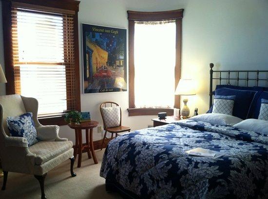 The Brookville Inn: The Delft Room