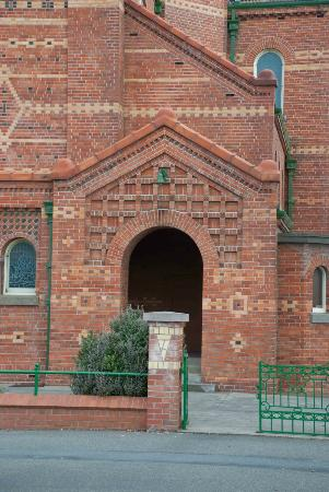 First Presbyterian Church: The First Presbyterian entrance