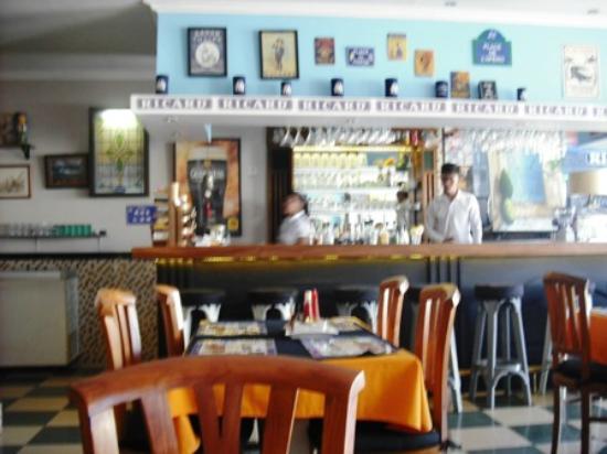 Chez Raymond: Bar