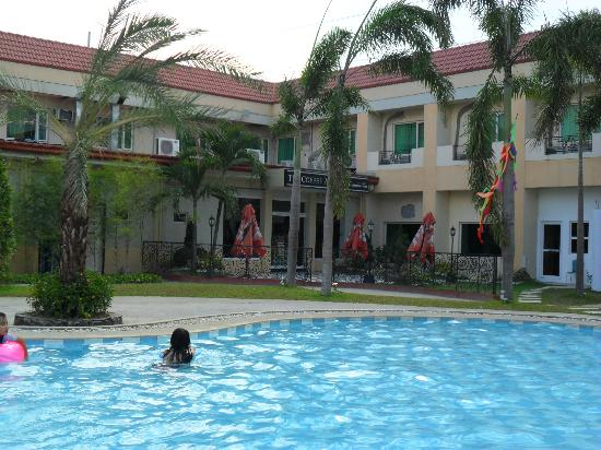 San Fernando, Philippines: Pool area