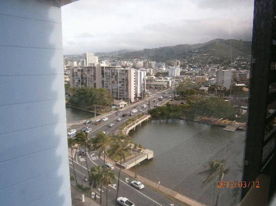 Hawaiian Monarch Hotel: 運河側