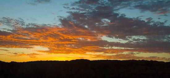 MacDonnell Ranges: West Mac Sunset