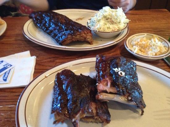 Hank's Grille & Bar : Ribs For Two - Whiskey BBQ