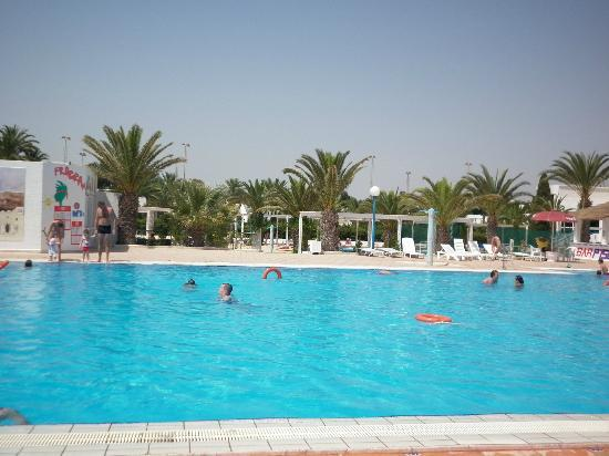 El Mouradi Club Selima: The bigger pool