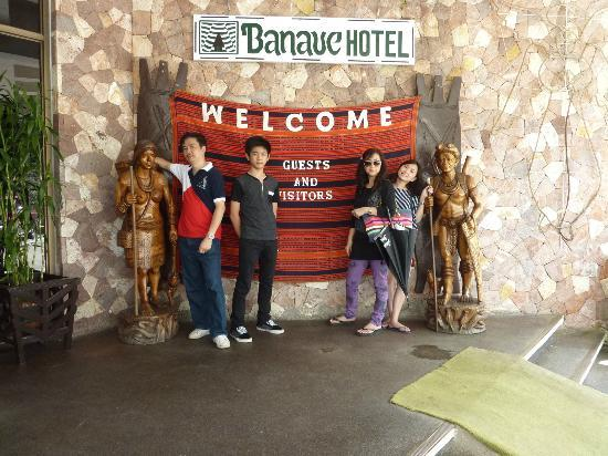 Banaue Hotel and Youth Hostel: near the entrance