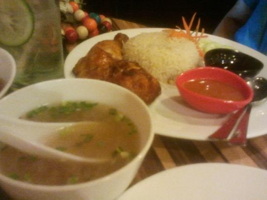 Straits : Hainanese Chicken Rice with the works