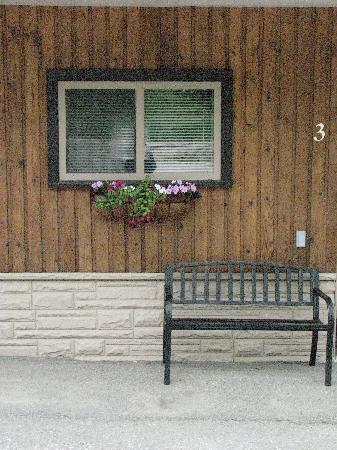 Springtime at the Rossland Motel