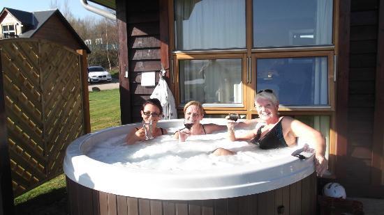 Loch Lomond Waterfront: Hot Tub