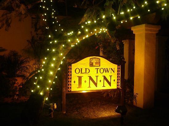 Old Town Inn : Car park sign