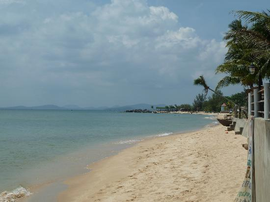 Paris Beach Village Phu Quoc: Strand am Paris Beach