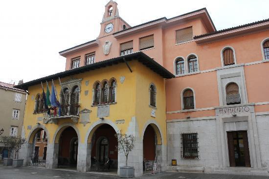 Muggia: Rathaus