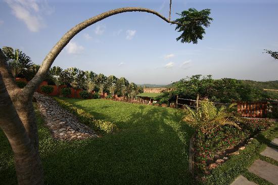Aburi, Ghana: Grounds