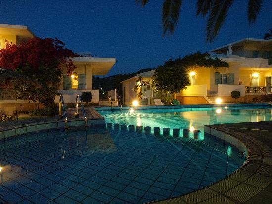 Pool - Cormoranos Apartments: ?