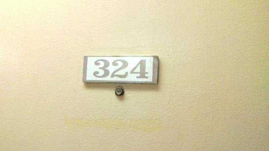 Subic International Hotel: room 324
