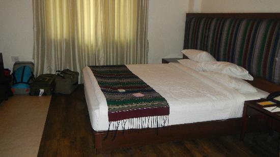 IORA - The Retreat,Kaziranga: bed