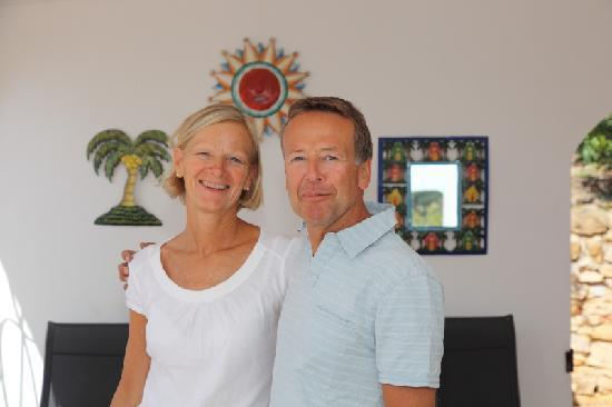 Casa Rosa : Kjersti and Jan-Ketil greets you