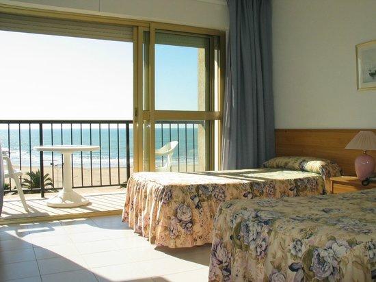 Hotel Neptuno: habitación muy limpia
