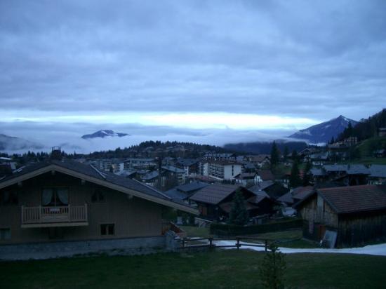 CGH Résidences et Spas Les Chalets de Jouvence : View from the bacony (west)