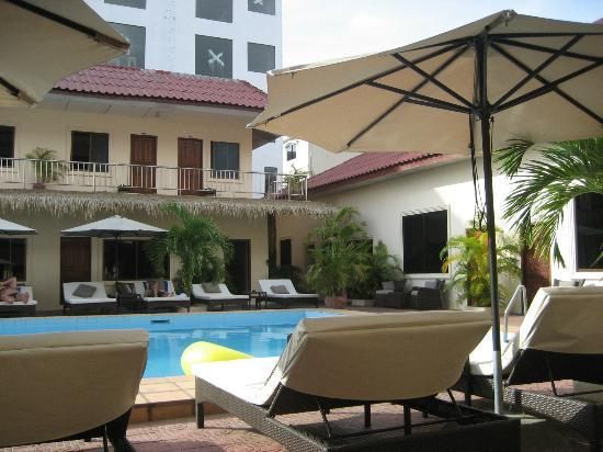 Beach Club Resort: A  little oasis and beautifully kept