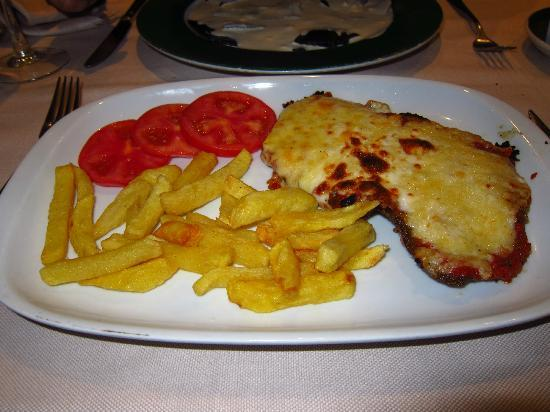 Restaurante La Alpargateria: Pollo Milanesa 3 quesos (buenismo)