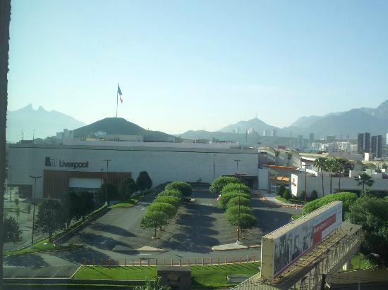 Four Points Monterrey Linda Vista: 5th floor view