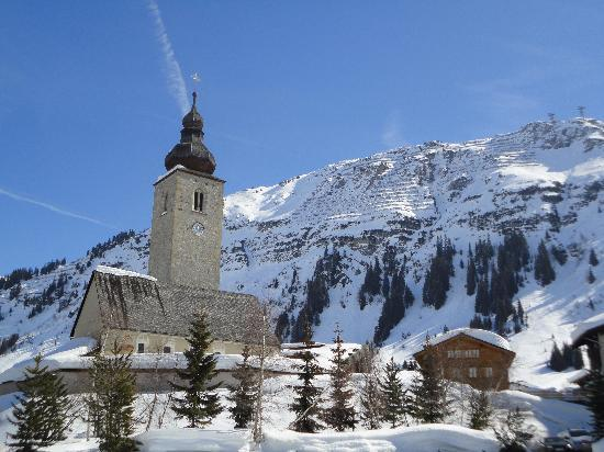 Hotel Haldenhof : Church