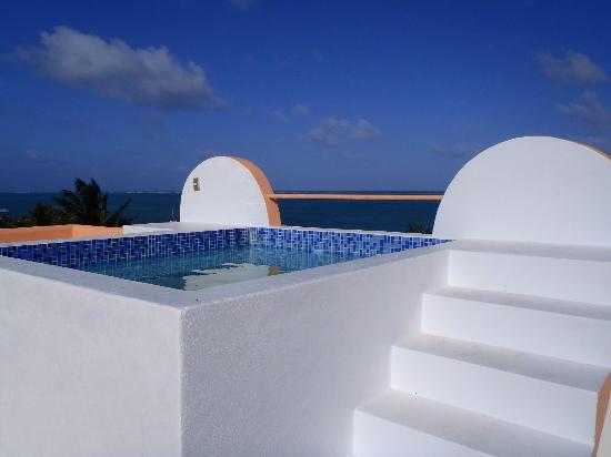 Seaside Villas Condos: Rooftop jacuzzi