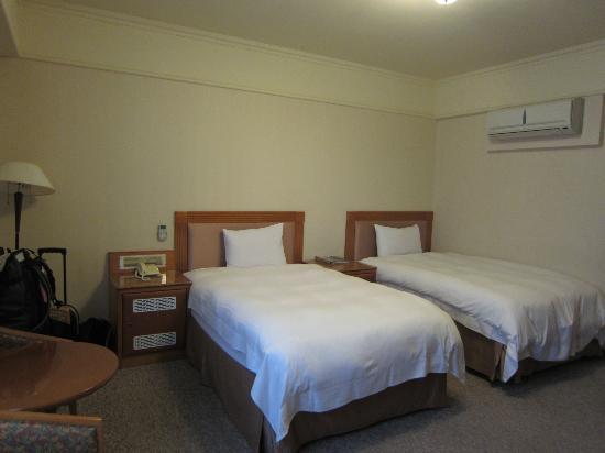 CJ Hotel: Bedroom