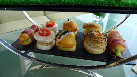 Lobby Lounge (InterContinental Hong Kong): Savories in the Afternoon Tea (not great)