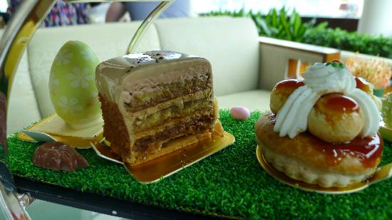 Lobby Lounge (InterContinental Hong Kong): Sweet selections in the Afternoon Tea 4