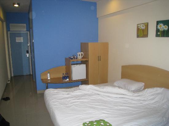 Ginger Nashik: Hotel Room