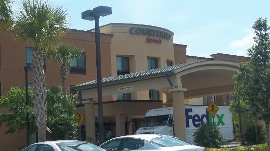 Courtyard by Marriott St. Augustine I-95: Front View