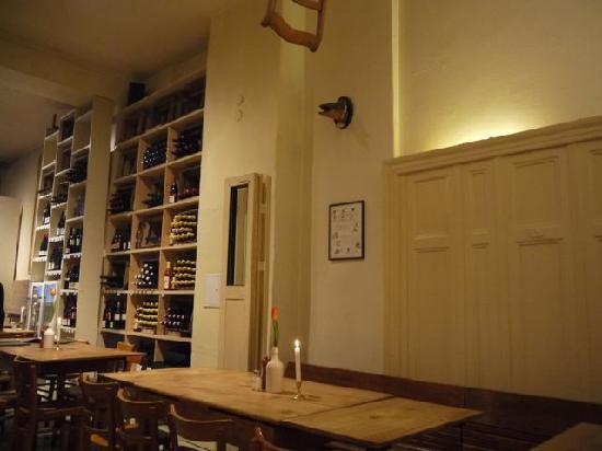 Interior of Lebensmittel in MItte