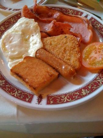 Marmion House Hotel: Traditional breakfast.