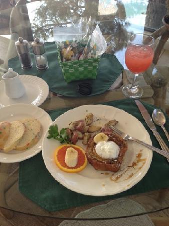 Windy Point Inn- breakfast on Easter morning