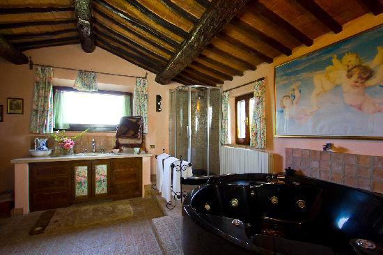 Relais Ortaglia: Suite S. Donato bagno