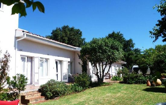 Mackenzie's Golf & Guesthouse: Blick vom Pool