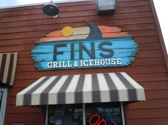 Fins Grill and Icehouse : Fins Grill