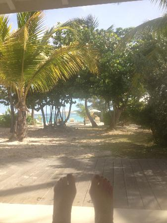 Hotel Emeraude Plage: taken sitting on the chaise on patio of #24