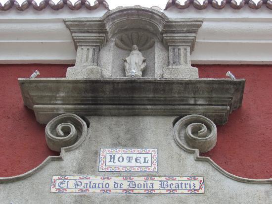 Hotel Palacio de Dona Beatriz : Main building