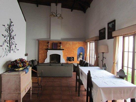 Hotel Palacio de Dona Beatriz: Living room