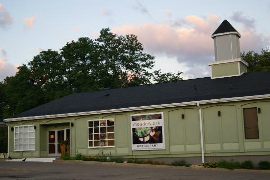 Meadowlark Restaurant: outside