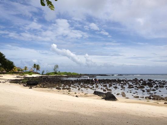 Shanti Maurice A Nira Resort: shanti plage