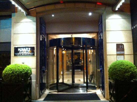 unpretentious entrance picture of hyatt paris madeleine. Black Bedroom Furniture Sets. Home Design Ideas