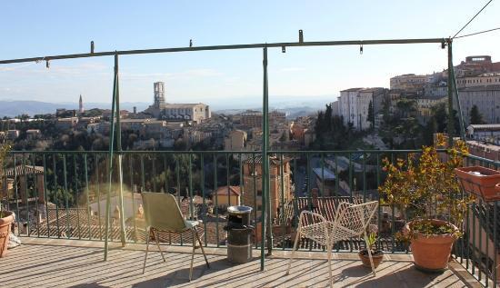 Ostello di Perugia: Balcon de la Sala Comun