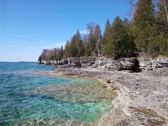 Sturgeon Bay, WI: beautiful shoreline